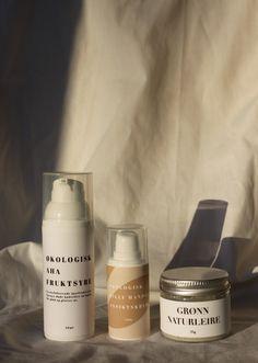 kr 380,-Pakken ... Candle Jars, Shampoo, Personal Care, Bottle, Self Care, Personal Hygiene, Flask, Jars