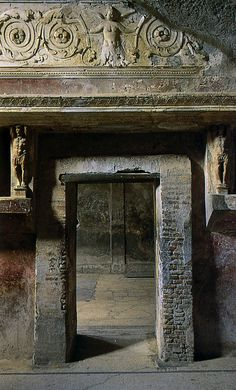 Beautifully preserved doorway, Pompeii Pompeii And Herculaneum, Pompeii Italy,(Ruins) Ancient Ruins, Ancient Rome, Ancient Art, Ancient History, Ancient Greece, Pompeii Italy, Pompeii And Herculaneum, Pompeii Ruins, Fresco