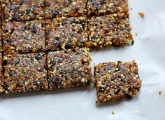 Make your own Cherry Pie Larabar with this easy recipe. All you need are nuts, cherries, and dates to make your own Mamabars.