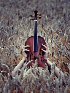 The violin is such a pretty instrument! Don't play it anymore...but maybe someday I'll pick it back up.
