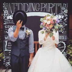 おちゃめで可愛い♡指示書に入れておきたい≪お顔隠しショット≫まとめ   marry[マリー] Wedding Picture List, Wedding List, Wedding Pictures, Dream Wedding, Wedding Day, Wedding Invitation Cards, Wedding Planning, Marriage, Wedding Photography