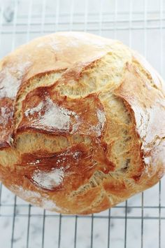 Bakery Recipes, Bread Recipes, Jim Lahey, Dutch Oven Bread, Food Obsession, Minimum, Food Porn, Brunch, Food And Drink
