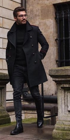 Winter Style - All Black Outfits For Men Bad Boy Style All Black Style Winter Fashion For Men Winter is the coldest period of the year and people often dress in darker colors. This gives men a lot of opportunity to combine all black outfits. Mens Winter Boots, Winter Outfits Men, Stylish Mens Outfits, Men Boots, Fall Outfits, Mens Fall, Winter Clothes, Simple Outfits, Cool Outfits For Men