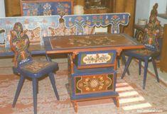 Székely asztal kontyosszékekkel, hátaspaddal - Sütő Béla (sz. 1919) munkái Folk Art, Desk, Inspiration, Furniture, Home Decor, Biblical Inspiration, Desktop, Decoration Home, Popular Art