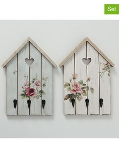 Dollar Store Crafts, Crafts To Sell, Diy And Crafts, Wreath Crafts, Craft Stick Crafts, Plant Wall, Plant Decor, Small Wooden House, Barn Wood Crafts