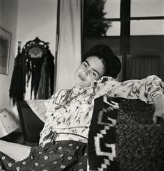 10  Rare Photos Of Frida Kahlo During The Last Years Of Her Life To Celebrate Her 110th Birthday