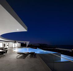 House Colunata / Mario Martins