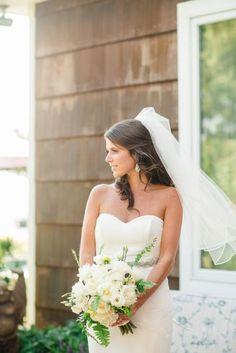 Nautical bride: http://www.stylemepretty.com/delaware-weddings/2015/03/10/nautical-summer-wedding-on-rehoboth-beach/ | Photography: Rachel Pearlman - http://www.rachelpearlmanphotography.com/