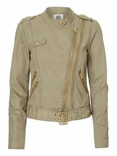 Leather look jacket from VERO MODA. This is one of our favourite jackets for spring and summer. #veromoda #jacket #fashion #style