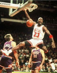 Michael Jordan and Tom Chambers (Phoenix Suns)