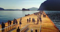 Cammino sulle acque...  In tutti i luoghi in tutti i laghi come #ValerioScanu 😜 #LagodIseo #TheFloatingPiers #Christo #Cicapui #ontheroad #viaggi