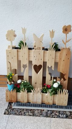 Farm Crafts, Pallet Crafts, Diy Pallet Projects, Wooden Crafts, Garden Projects, Wood Projects, Diy Trellis, Diy Projects For Beginners, Fence Art