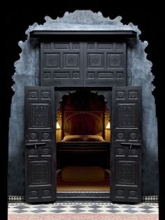 The secret door and many mysteries. Along discover anything you want on here: http://jvz9.com/c/93469/36259