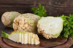 Celeriac Remoulade Salad on Toast - Root Recipe, Appetizer Recipes, Appetizers, Celeriac, Wine Recipes, Baked Potato, Tapas, Good Food, Favorite Recipes
