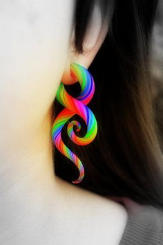 Ears aren't gauged anymore, but if they were.... awesome rainbow swirly earring.