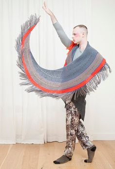 Fringed. http://www.ravelry.com/patterns/library/fringed-2