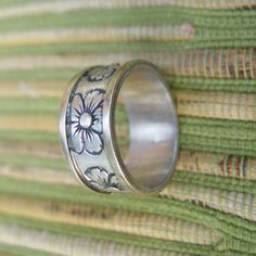 gold and silver tone ring band with flowers vintage by FrogTears
