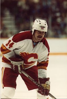 The Magic Man played 553 games in the NHL! He spent six seasons with the Flames organization. Good Old Times, Nfl Fans, National Hockey League, Hockey Players, Calgary, Nhl, Old School, Legends, Retro