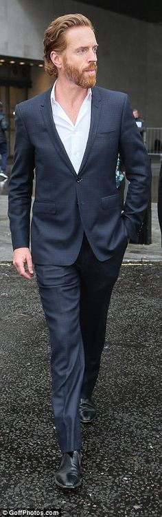 Fan Fun with Damian Lewis — damiansgal: Damian Lewis opens the London Stock...
