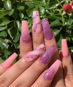 Super Cute Nail Art Ideas You Should Try Now : Are you ready to wear the Awesome Nail Art Ideas on your finger to enhance the finger beauty? Of course yes every stylish ladies want to wear the Latest Manicure style. So we recommended you to try… Best Acrylic Nails, Summer Acrylic Nails, Summer Nails, Acrylic Art, Pink Nail Art, Cute Nail Art, Nails Kylie Jenner, Super Cute Nails, Pretty Nails