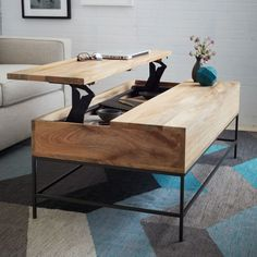 How To Quickly And Easily Create A Living Room Furniture Layout? Cool Coffee Tables, Coffe Table, Coffee Table Design, Modern Coffee Tables, Coffee Table With Storage, Living Room Furniture Layout, Interior Design Living Room, Living Room Designs, Living Room Decor