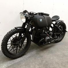 "BMW ""Todesstern"" Design von Ironwood Custom Motorcycles - Cafe racers, scramblers, trackers and custom motorcycles - Motorrad ideen Auto Design, Design Autos, Cafe Racer Motorcycle, Motorcycle Design, Motorcycle Gear, Sportster Motorcycle, Vintage Motorcycles, Custom Motorcycles, Cars And Motorcycles"