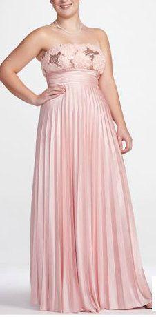 Plus sized dress :) so pretty