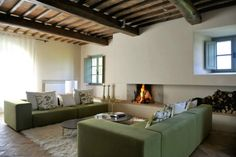 Country House With Contemporay Interior in the Tuscan Countryside