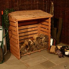 THE PALLET WOOD LOG STORE