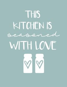 I am so excited to share with you some new printables specifically for your kitchen in my favorite farmhouse style! I was surprised as I went through my printable files shared here on the blog and found that its been almost 2 year since I have shared a kitchen printable! So it is high time for