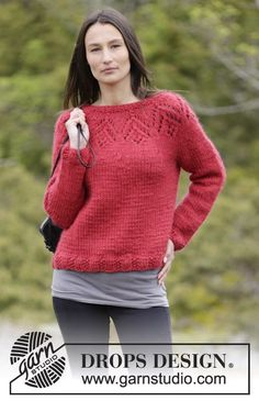 "Knitted DROPS jumper with lace pattern and round yoke in ""Eskimo"". Size: S - XXXL. ~ DROPS Design"