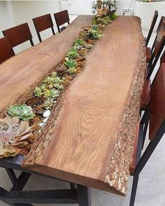 50 Rustic Outdoor Patio Table Design Ideas On A Budget – Bes.- 50 Rustic Outdoor Patio Table Design Ideas On A Budget – Best Home Decorating Ideas Esszimmer - Diy Casa, Outdoor Coffee Tables, Outdoor Plant Table, Picnic Tables, Interior Design Living Room, Diy Furniture, Rustic Outdoor Furniture, Furniture Stores, Furniture Projects