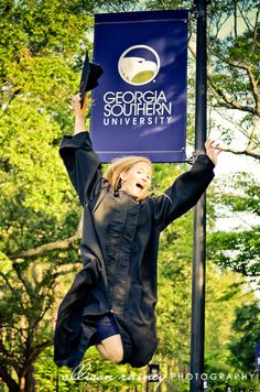 2012 Georgia Southern Graduation picture by Allison Rainey Photography www.allisonrainey.com