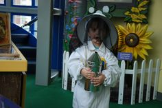 Kids can explore the tools a beekeeper uses and learn about their purpose.
