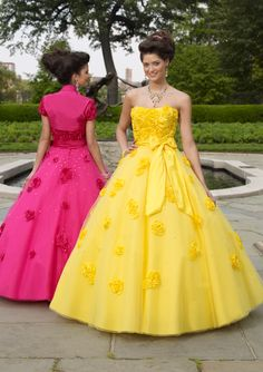 Mel - Sheri...could these be the dresses you're looking for??