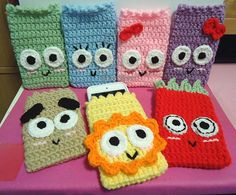 Crochet iPod Touch and iPhone Covers by swallowtt.deviantart.com