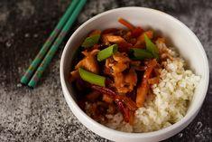 Mancare chinezeasca cu pui si legume Grains, Food, Salads, Essen, Meals, Seeds, Yemek, Eten, Korn