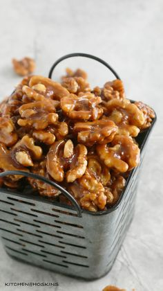 5 minute caramel walnuts are chewy, crisp, salty and not-too-sweet ! Highly addictive candied walnuts are perfect for snacking / holiday gift giving. Walnut Recipes, Pecan Recipes, Candy Recipes, Holiday Recipes, Appetizer Recipes, Snack Recipes, Dessert Recipes, Cooking Recipes, Appetizers