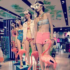 TopShop haciéndolo bien en Instagram ( this inspires me to use flamingos, just the flamingos...)