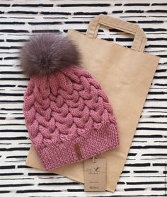 Купить Женская шапка - шапка, шапка вязаная, шапка зимняя, шапка женская, шапка с помпоном