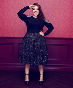 Melissa McCarthy is packed with holiday party outfit ideas that will… Christmas Party Outfits, Holiday Party Outfit, Curvy Girl Fashion, Plus Size Fashion, Womens Fashion, Look Plus Size, Plus Size Women, Mode Niqab, Plus Size Dresses