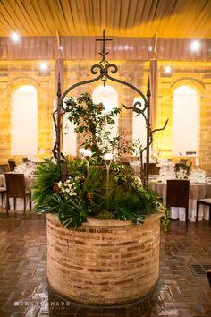 Resultado de imagen de decoracion de pozo boda