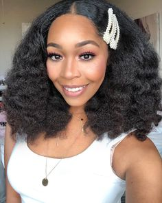 On my Diana Ross and Tracey Ellis Ross Vibes ✨ . Natural Hair Inspiration, Natural Hair Tips, Natural Hair Styles, African Hairstyles, Afro Hairstyles, Straight Hairstyles, Locks, Queen Hair, Textured Hair