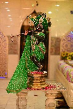 Krishna Lila, Krishna Statue, Jai Shree Krishna, Lord Krishna Images, Radha Krishna Pictures, Radha Krishna Love, Krishna Radha, Radha Rani, Lord Krishna Wallpapers