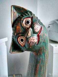 Статуэтка Кошка   Фигура кошки из дерева с росписью в стиле Батик. Индонезия. высота 1 метр. По краске есть небольшие сколы, внешний вид не портят, придают шарм.