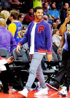 Drake at Warriors game