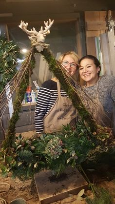 Boomframe als kerstboom . Boomframe als kerstboom . The post Boomframe als kerstboom . appeared first on Knutselen ideeën. Yule Decorations, Christmas Garden Decorations, Christmas Wood Crafts, Christmas Centerpieces, Holiday Decor, Swedish Christmas, Merry Christmas To All, Christmas Art, Christmas 2019