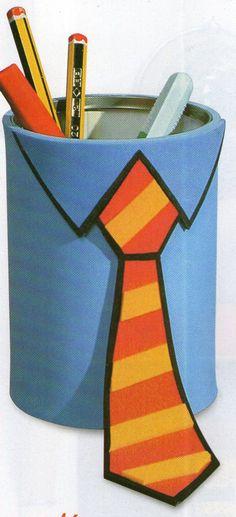 Billiges Vatertagsgeschenk Idées Fêtes des Pères : photobarquette, pot à crayons cravaté, collection p. Fathers Day Art, Fathers Day Crafts, Happy Fathers Day, Origami, Diy And Crafts, Arts And Crafts, Paper Crafts, Diy For Kids, Crafts For Kids