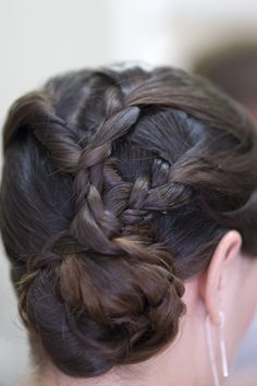 bridesmaid hair. interesting braid. different but nice