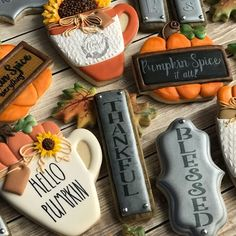 Photo by Jodi Till on October 28, 2019. Thanksgiving Cookies, Fall Cookies, One Smart Cookie, Cookie Decorating, Decorating Ideas, Pumpkin Spice, Collaboration, Grateful, Giveaway
